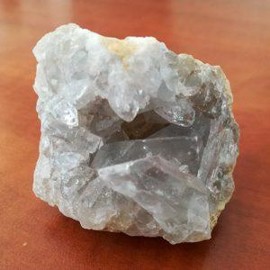 Pierre cristal de roche mini géode