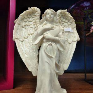 ange avec coeur
